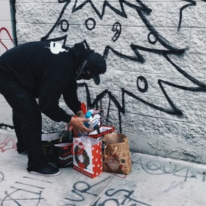 Street Artist Paints Graffiti Christmas Trees To Help LA's Homeless