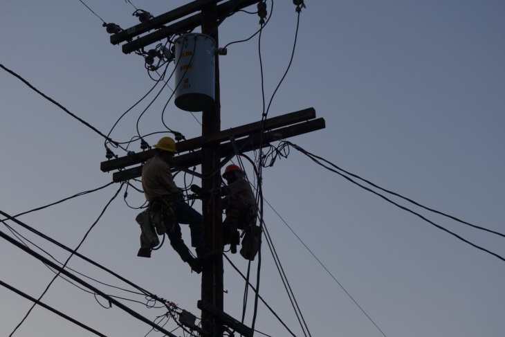 LA's Heat Wave Left More Than 75,000 Without Power -- And Broke An Electricity Use Record