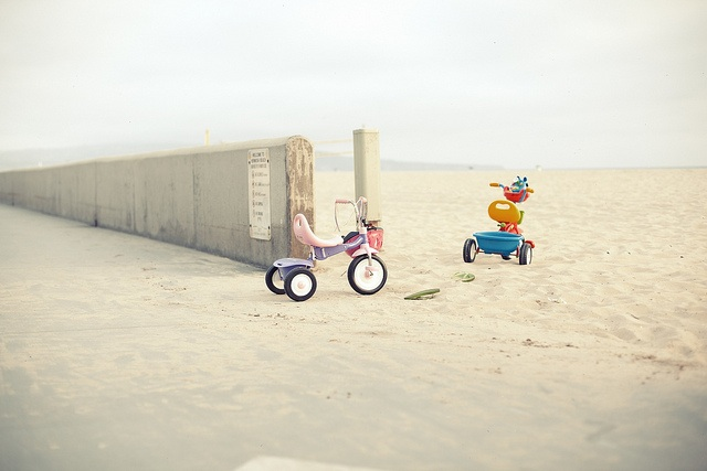 beach_toys.jpg