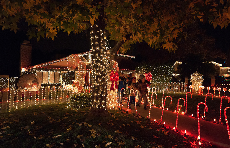 Socal S Brightest Holiday Lights And Where To Find Them Laist