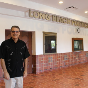 A Bittersweet Goodbye For Long Beach Poly Music Teacher Who Transformed Students' Lives