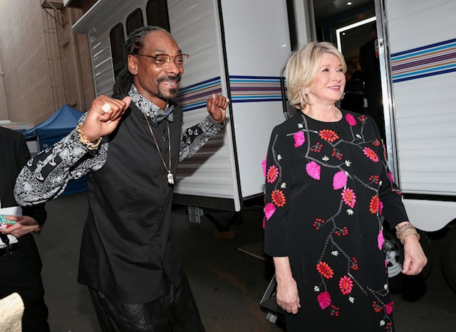 Martha Stewart Says She'll Eat Weed Edibles Made By Snoop Dogg 'For Science': LAist