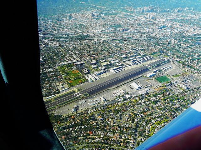 sm-airport-640x.jpg