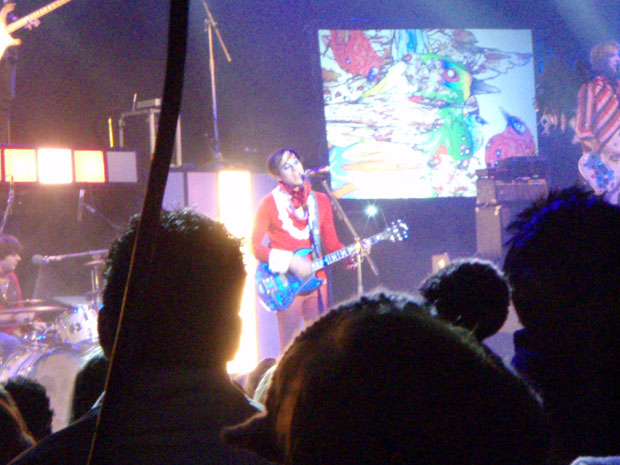 The laddy in red - Kevin Barnes and Of Montreal at Avalon, 11/8/07