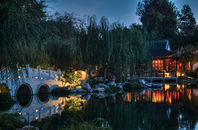 'Nightwalk In The Chinese Garden' Brings Theater To The Huntington At Night