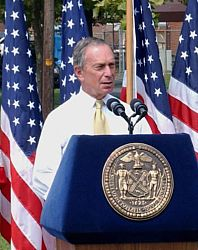 402px-Michael_Bloomberg_speech_cropped.jpg
