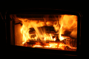 Your Toasty Winter Fireplace Is Polluting The Air