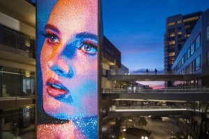 Netflix HQ Gets A New Face -- A Mosaic Made Of 39,000 Steel Sequins