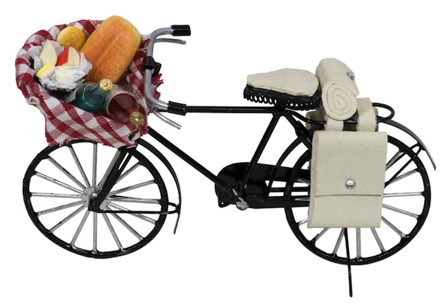 bicycle-basket-food.jpg