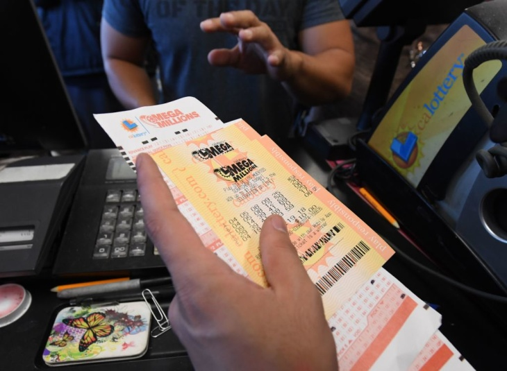 Mega Millions numbers selected for Tuesday's $1.6B prize