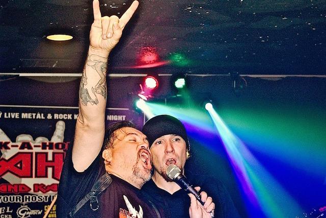 SKINNYS_Rock-a-holic_Karaoke.jpg