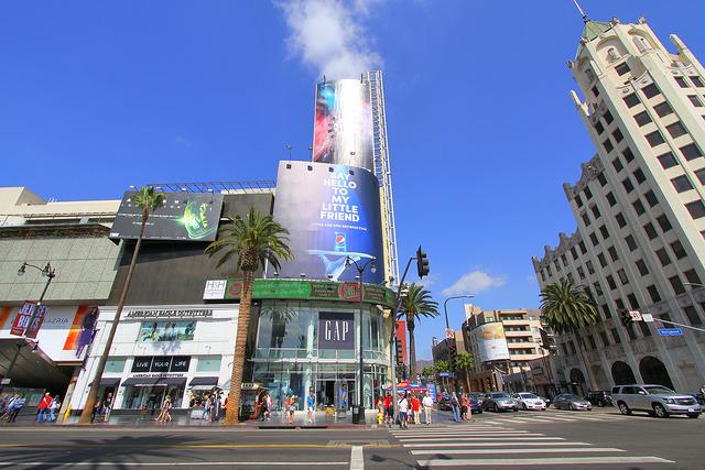 hollywoodandhighland_shoppingcenter.jpg