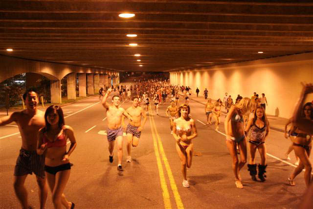 the bruins running during the undie run at ucla