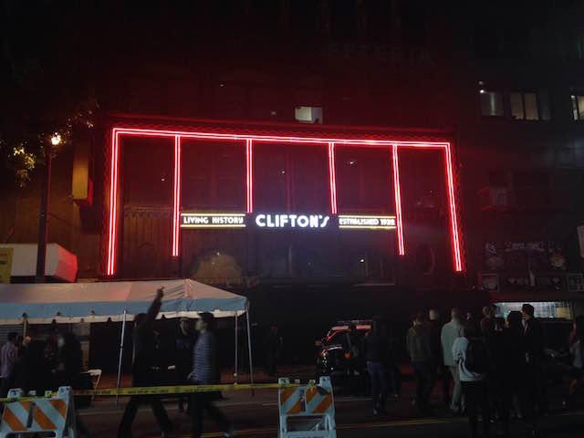 cliftons_neon_sign.JPG
