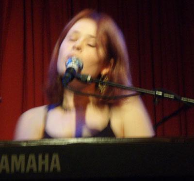Libbie Schrader at the Hotel Cafe, 11/8/07