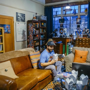 Now You Can Geek Out On 'The Big Bang Theory's' Actual Sets In Burbank