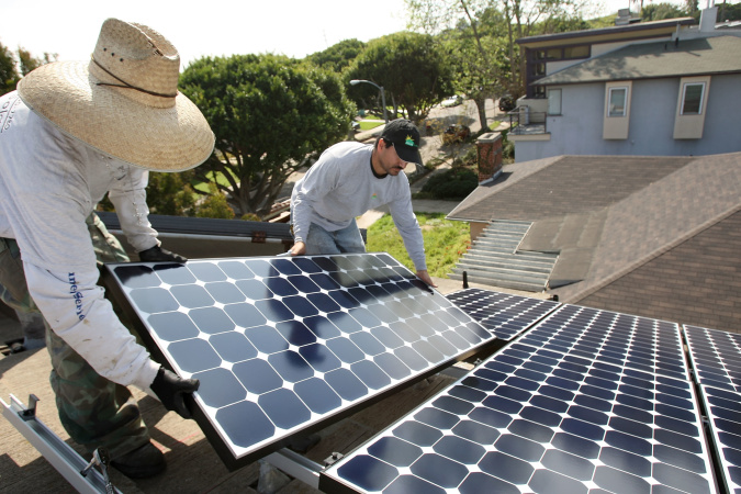 LA Renters Have Been Shut Out Of Solar. That's About To Change