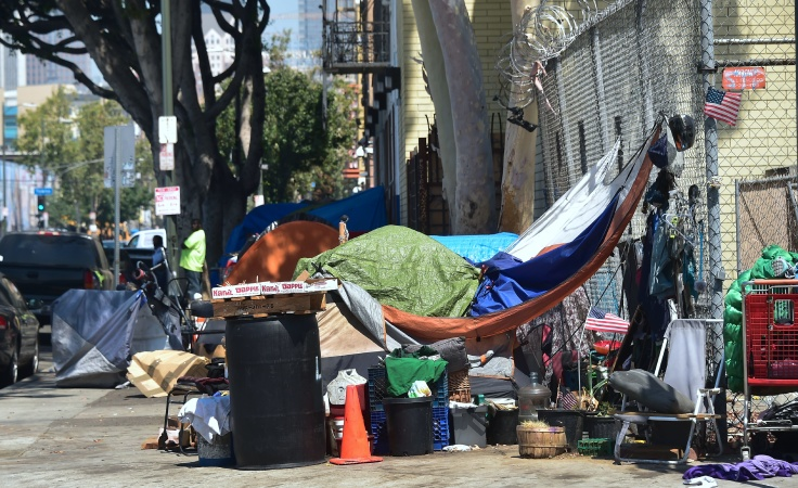 A Cleanup Crackdown Is Set Around LA's New Homeless Shelter