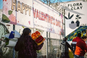 Photos: Valentine's Day At The Los Angeles Flower District