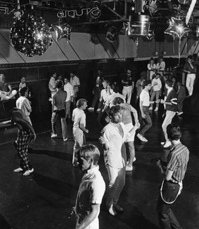 LAPL_StudioOne_Dancing.jpg