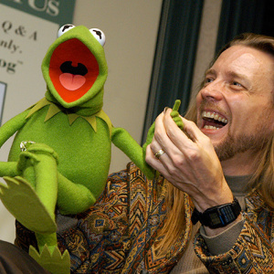 Fired Puppeteer Insists He Didn't Make Kermit The Frog 'Stale Or Bitter'