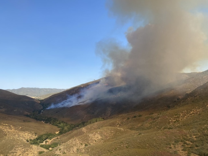 Martindale Fire Ignites Near Santa Clarita, Quickly Burns Through 300 Acres