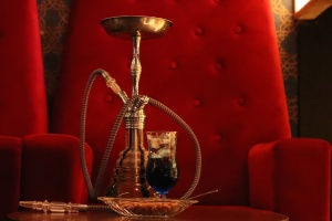 LA's Hookah Lovers Are Worried The Proposed Vaping Law Would Wipe Out Their Lounges