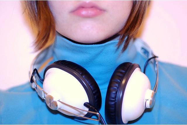 headphones-music.jpg