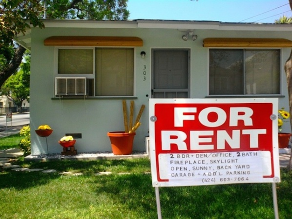 LA Is Considering Free Lawyers For People Facing Eviction