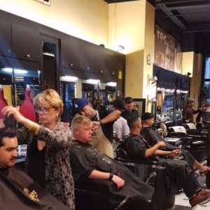 Thanks, Drybar: It's Now Legal To Drink At Your Salon Or Barbershop