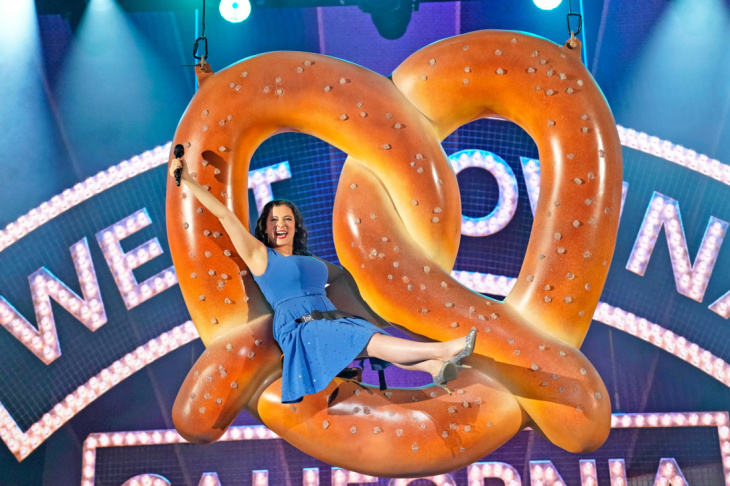 Crazy Ex-Girlfriend Is Over, But West Covina Lives On: LAist
