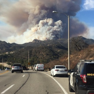 Woolsey Fire Now Among Largest On Record In LA County; Flare-Up Reported In Carlisle Canyon, Lake Sherwood Area