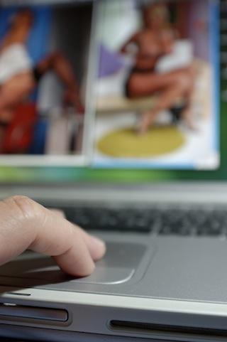 onlineporn-shutterstock.jpg