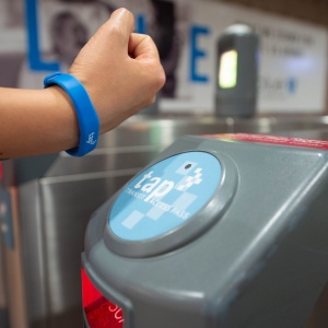 You Can Now Pay For Your LA Metro Trip With A Flick Of The Wrist
