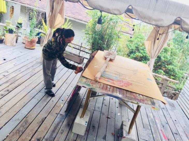 Gajin Fujita in his studio