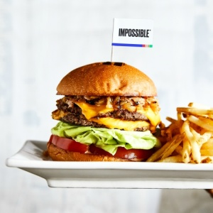 Umami Burger's New Meatless 'Impossible Burger' Looks And Tastes Like The Real Thing