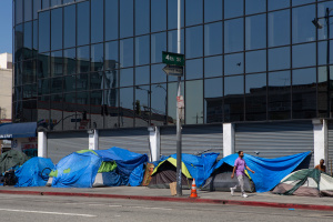 Here's How SoCal Cities Could Build More Homeless Shelters, Clean Up Sidewalks, And Possibly Not Get Sued