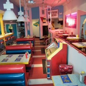 'Saved By The Bell'-Themed Pop Up Diner Is Coming To L.A.