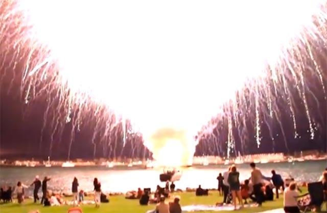 2012_07_fireworkscloser.jpg