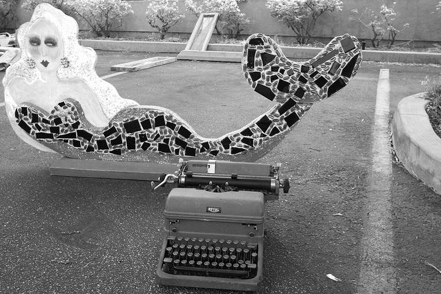 mermaid-typewriter.jpg