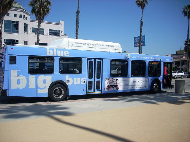 big-blue-bus-1.jpg