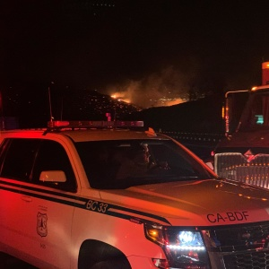 Old Water Fire Forces Evacuations In San Bernardino