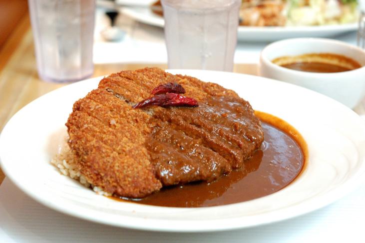 Why Did Curry House's Closure Break LA's Heart?