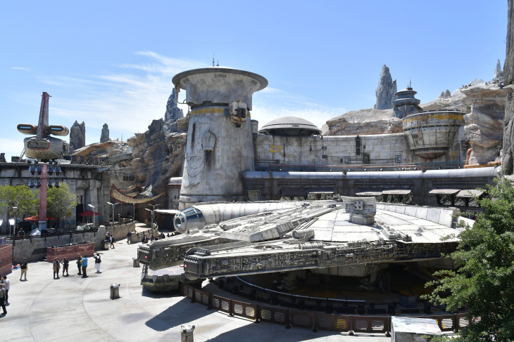 You No Longer Need A Reservation For Disneyland's Star Wars: Galaxy's Edge — Prepare Yourself: LAist