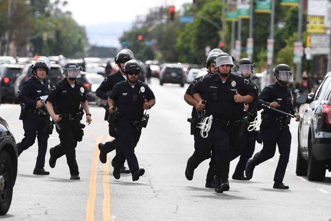 They Got The Memos, But LA Cops Still Aren't Wearing Masks