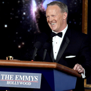 Sean Spicer Wore A Disguise While Heading To L.A. For Emmys Normalization Tour