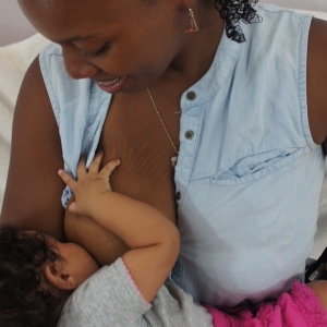 The Raw Realness Of Breastfeeding: Tell Us About It For An Upcoming Story