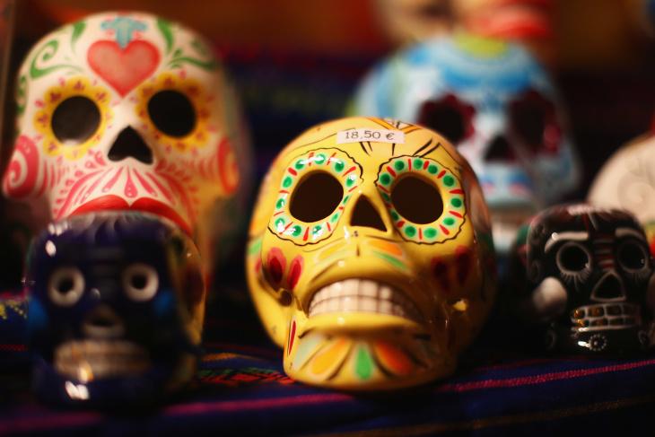 Dia de Los Muertos  - Page 3 5bcfa9bed217300008df8227-eight