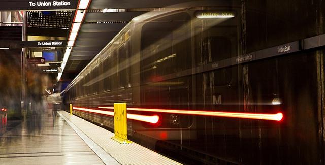 metro-train-red-line-subway.jpg