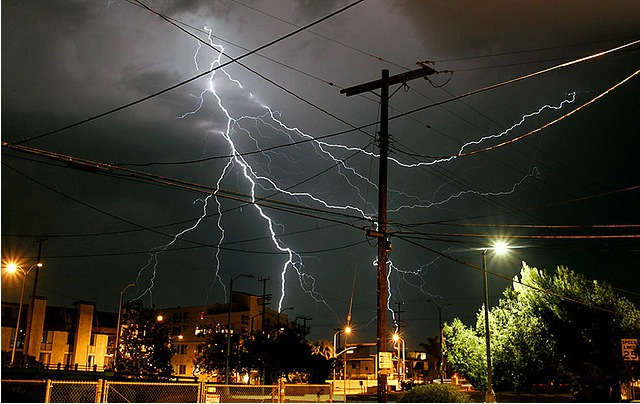 thunderstorm-venice.jpg